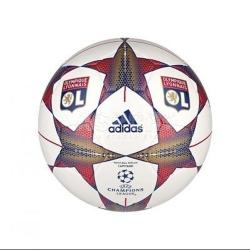 Piłka nożna, treningowa FINALE 15 CAPITANO LYON Adidas
