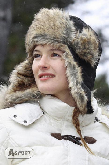 Czapka uszatka, damska, z futrzaną podszewką SNOW 3kolory Neverland